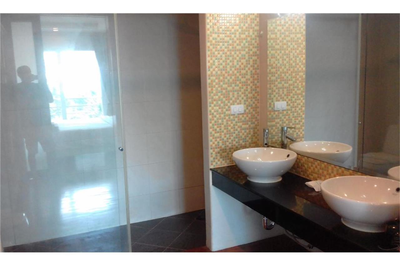 RE/MAX Top Properties Agency's PHUKET,PATONG BEACH 2 BEDROOMS CONDO FOR RENT 6