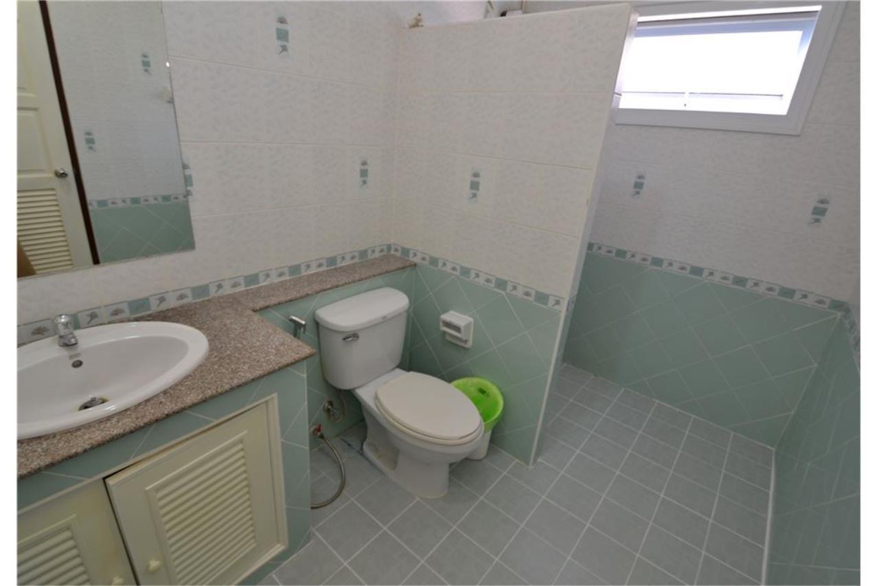 RE/MAX Top Properties Agency's PHUKET,KATHU, VILLA 4 BEDROOMS FOR SALE 11