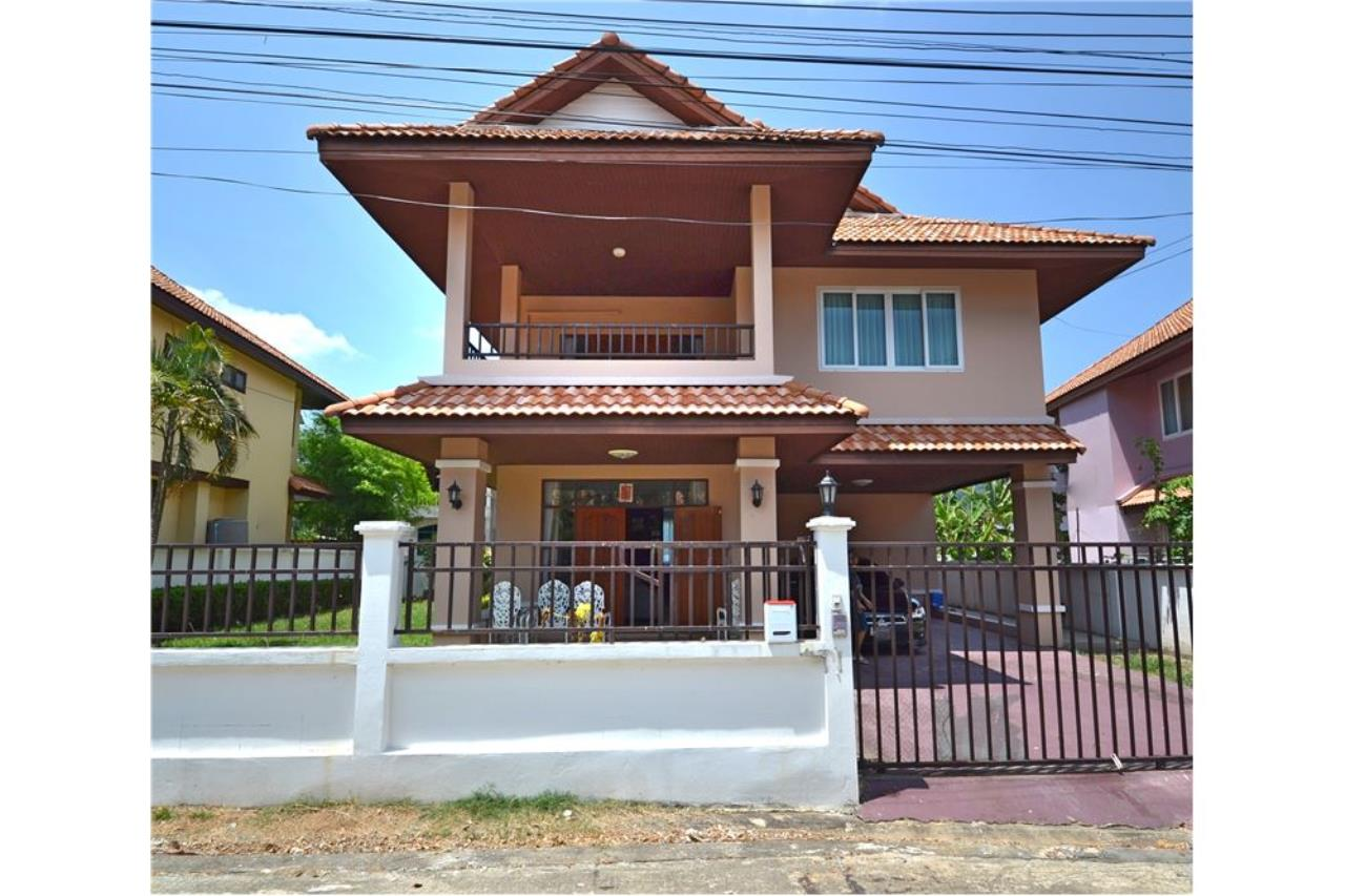 RE/MAX Top Properties Agency's PHUKET,KATHU, VILLA 4 BEDROOMS FOR SALE 1