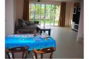 RE/MAX Top Properties Agency's Phuket, Nai Harn Beach, 3 Houses and Land for sale 12