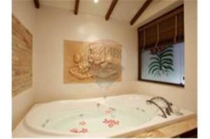 RE/MAX Top Properties Agency's Phuket Patong, Luxury Pool Villa Sea View 4Br Rent 9