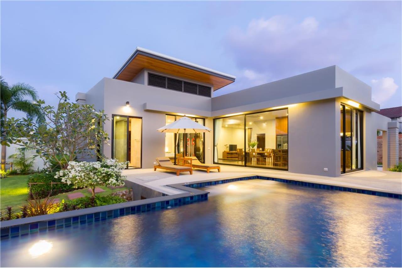 RE/MAX Top Properties Agency's Phuket, Nai Harn Beach, Pool Villa 3 Br for Rent 1