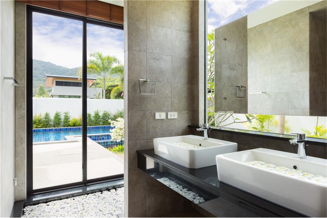RE/MAX Top Properties Agency's Phuket, Nai Harn Beach, Pool Villa 3 Br for Rent 8