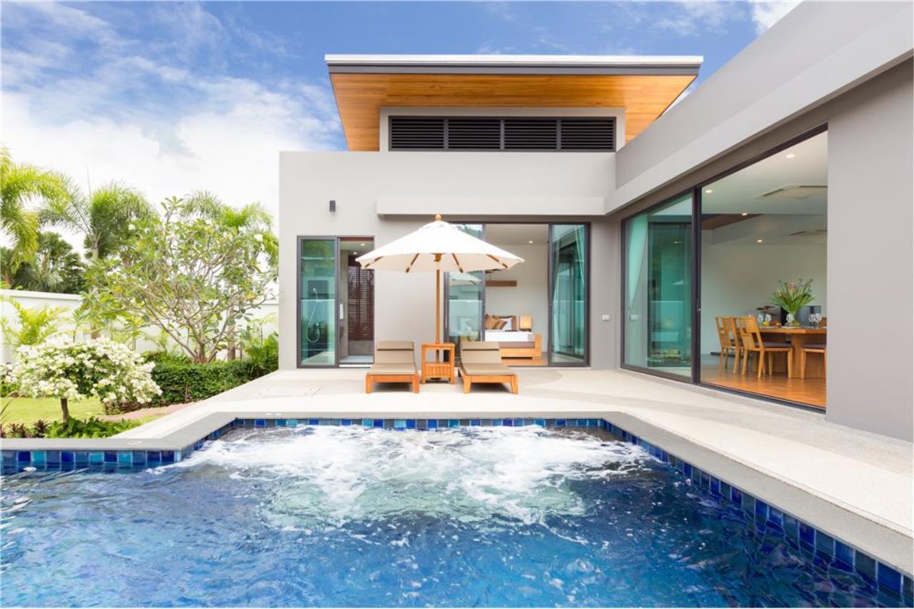 RE/MAX Top Properties Agency's Phuket, Nai Harn Beach, Pool Villa 3 Br for Rent 3