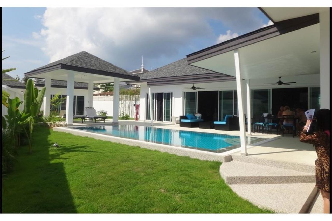 RE/MAX Top Properties Agency's Phuket, Rawai, Pool Villa 4 Bedrooms for Rent 1