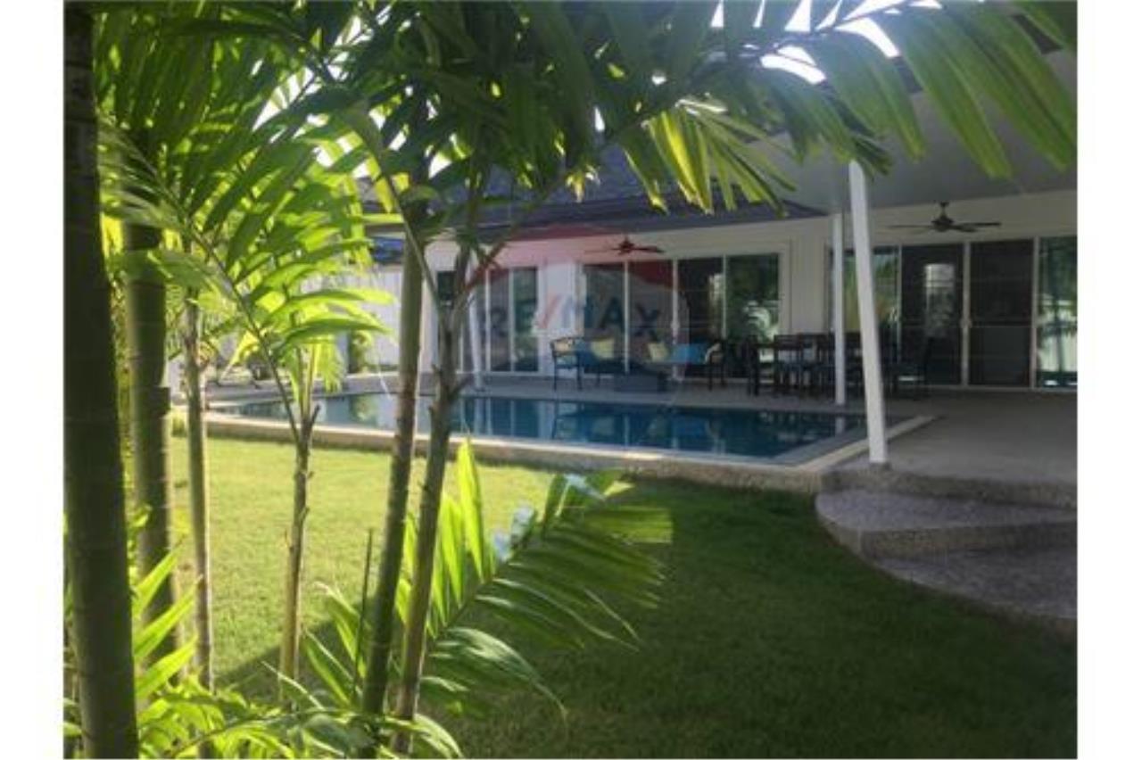 RE/MAX Top Properties Agency's Phuket, Rawai, Pool Villa 4 Bedrooms for Rent 4