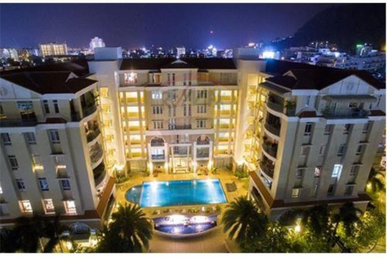 RE/MAX Top Properties Agency's Phuket, Patong Beach, Apartment 2 Br for Sale 17