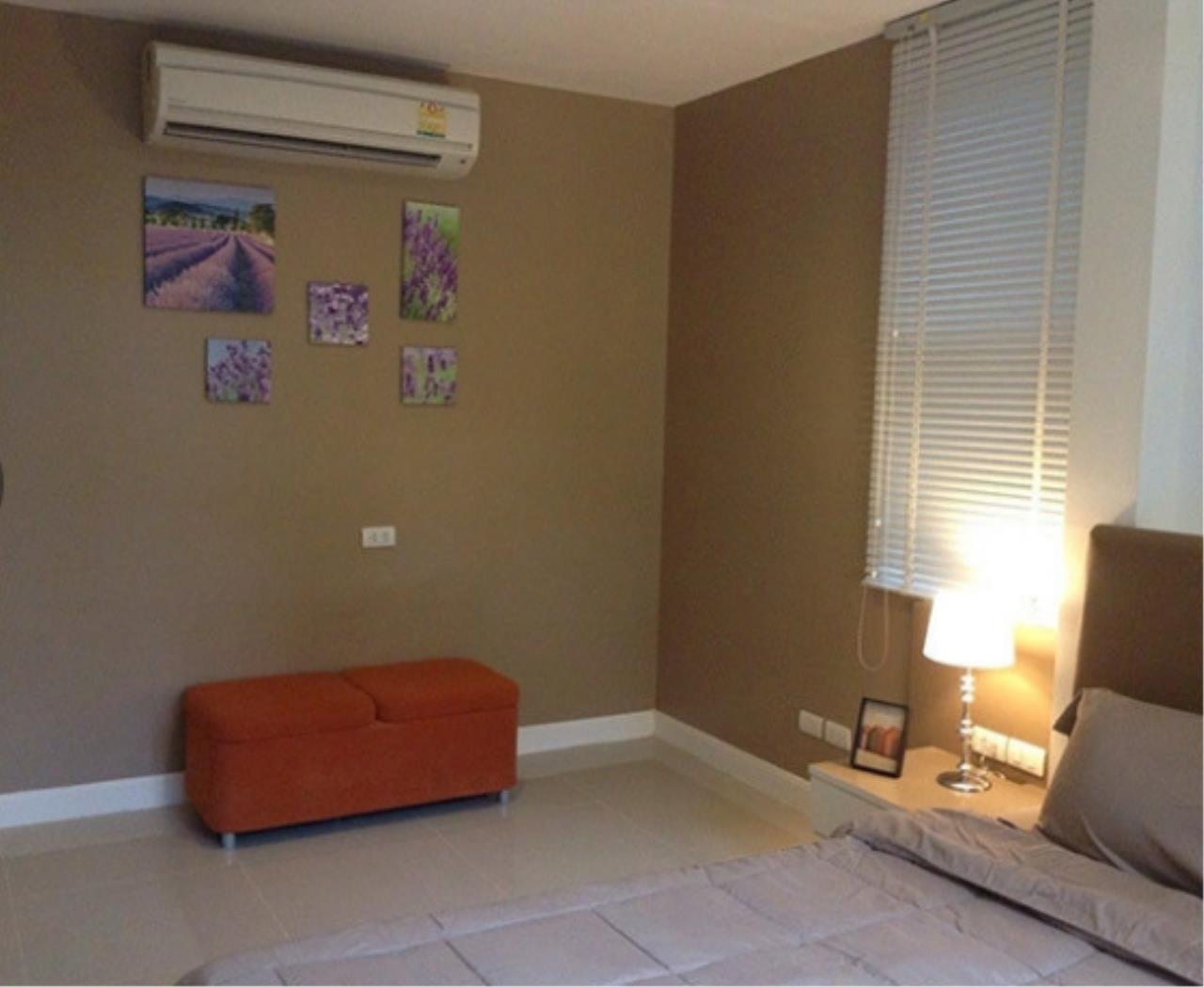 Bangkok Living Home Agency's D65 10