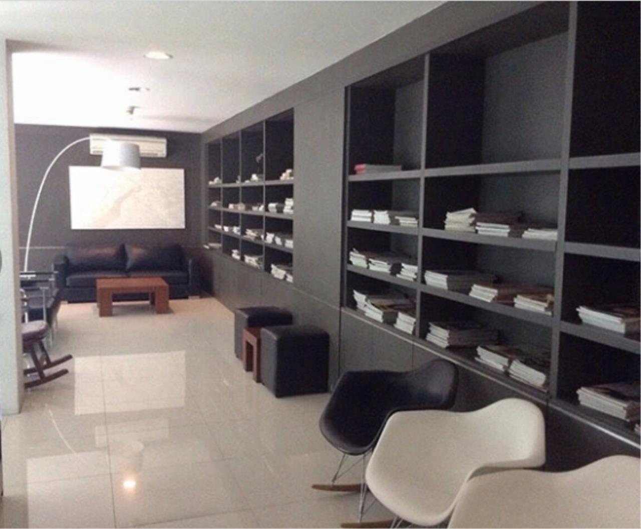 Bangkok Living Home Agency's D65 2