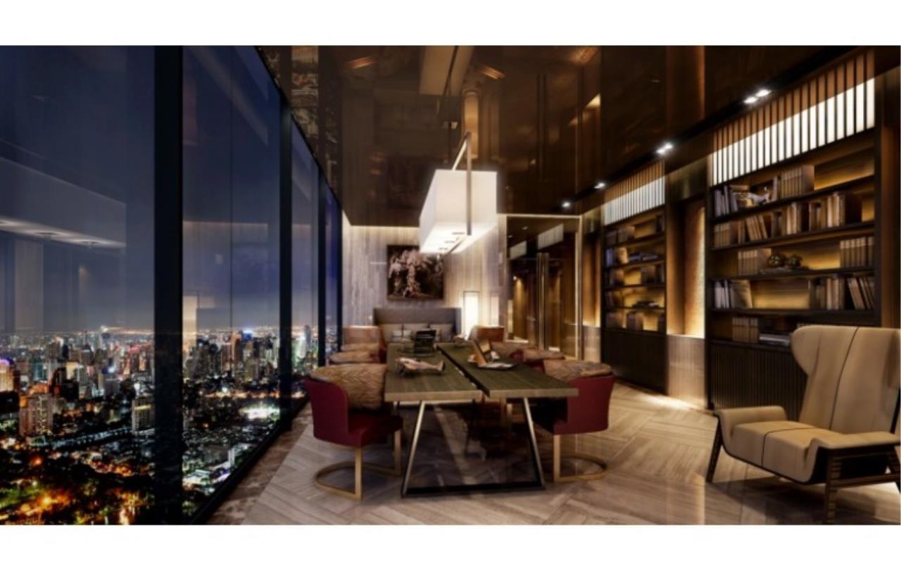 Success Square Agency's Ashton Chula - Silom 6