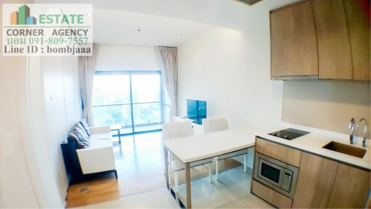Estate Corner Agency Agency's 20018-Condo 1 Bedroom 49 sq.m. for rent Circle 2 Living Prototype Petchburi Rd. near Airport Link Makkasan 15