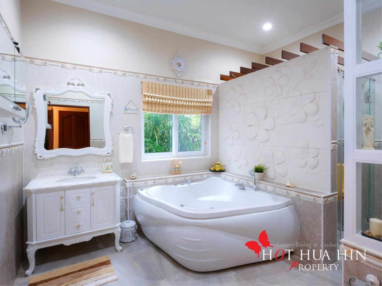 Hot Hua Hin Co. Ltd. Agency's Well Built Home With Stunning Gardens And Two Full Kitchens 14
