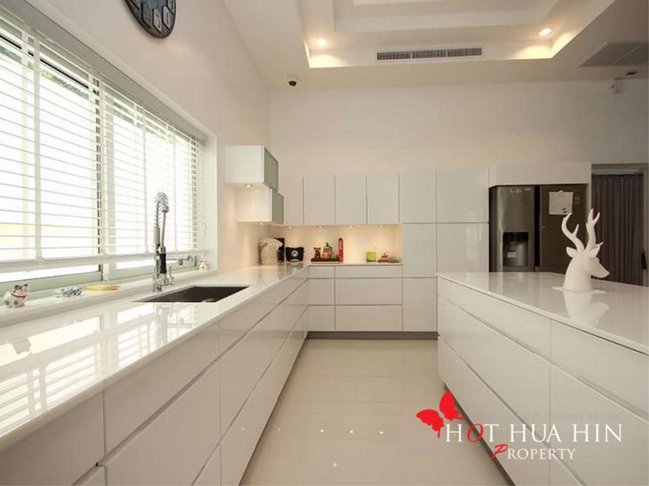 Hot Hua Hin Co. Ltd. Agency's New Luxury Smart Home In Popular Area 4