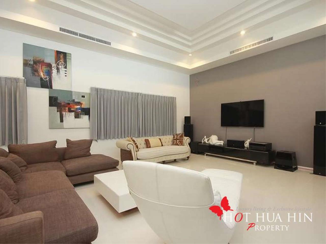 Hot Hua Hin Co. Ltd. Agency's New Luxury Smart Home In Popular Area 9
