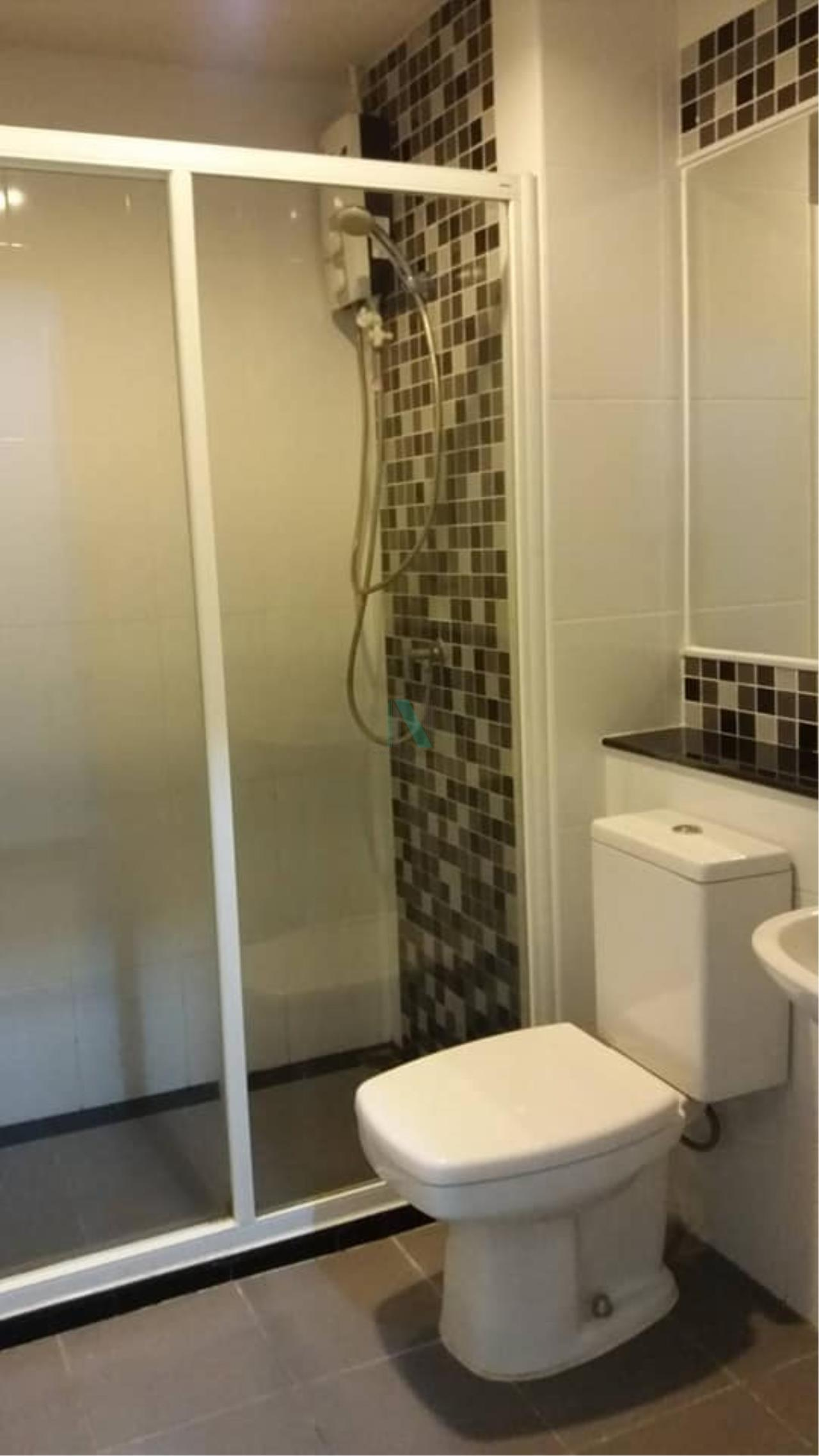 NOPPON REAL ESTATE CO.,LTD.  Agency's For Rent Regent Home 15 Chaengwattana 1 bed 1 bath 30 sqm 8