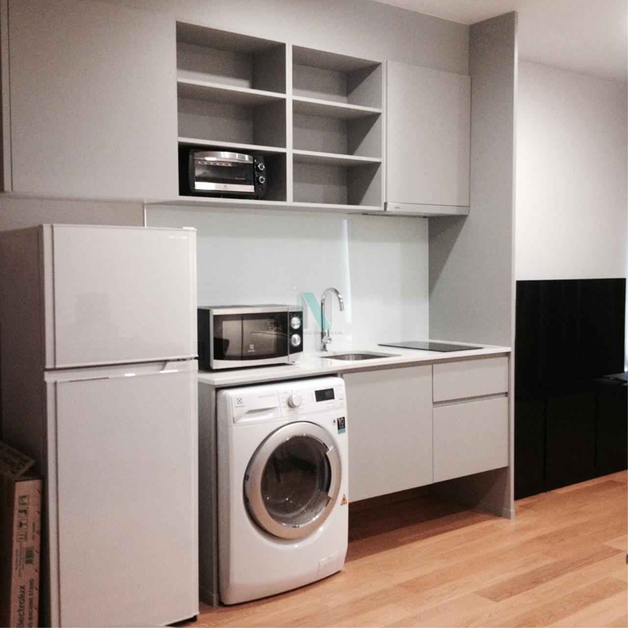 NOPPON REAL ESTATE CO.,LTD.  Agency's For rent Noble Revo Silom 2 bedrooms 17th floor near BTS Surasak 4