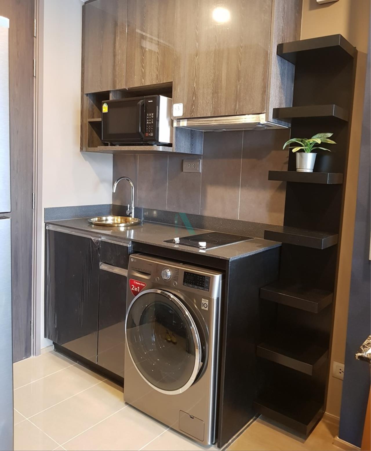 NOPPON REAL ESTATE CO.,LTD.  Agency's For Rent Ashton Chula-Silom, size 35 sqm, 1 bedroom, 1 bathroom, MRT Sam Yan 2