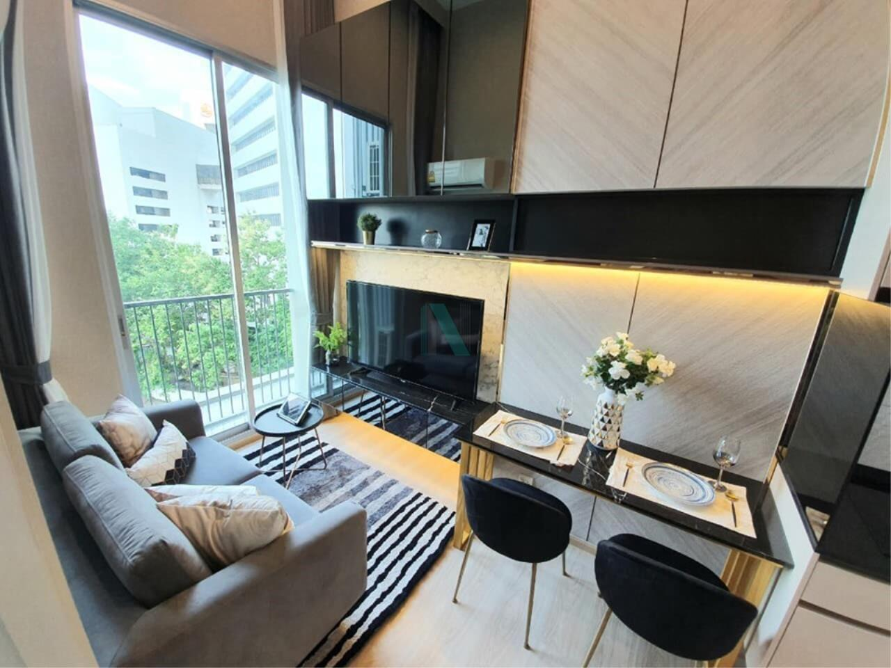 NOPPON REAL ESTATE CO.,LTD.  Agency's For Rent Noble Revolve Ratchada 2 1 bedroom 6th floor MRT Cultural Center 6