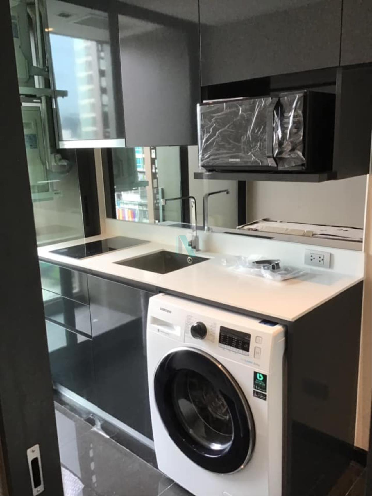 NOPPON REAL ESTATE CO.,LTD.  Agency's Altitude Define Condo for rent, new room size 32.5 sq.m., 1 bedroom, fully furnished, ready to move in, near MRT Sam Yan. 6