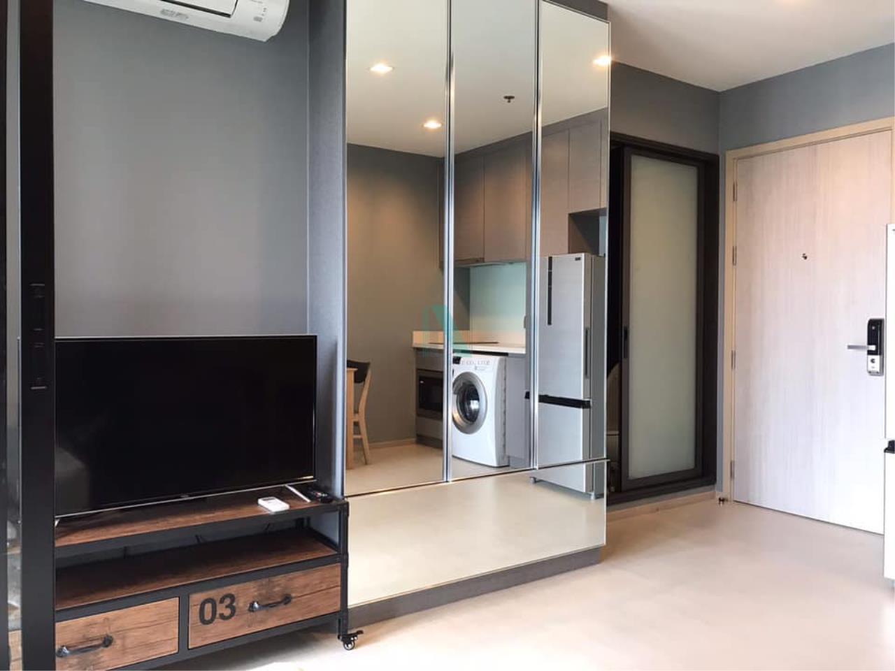 NOPPON REAL ESTATE CO.,LTD.  Agency's For rent Rhythm Sukhumvit 36-38 1 bedroom 14th floor near BTS Thonglor 6