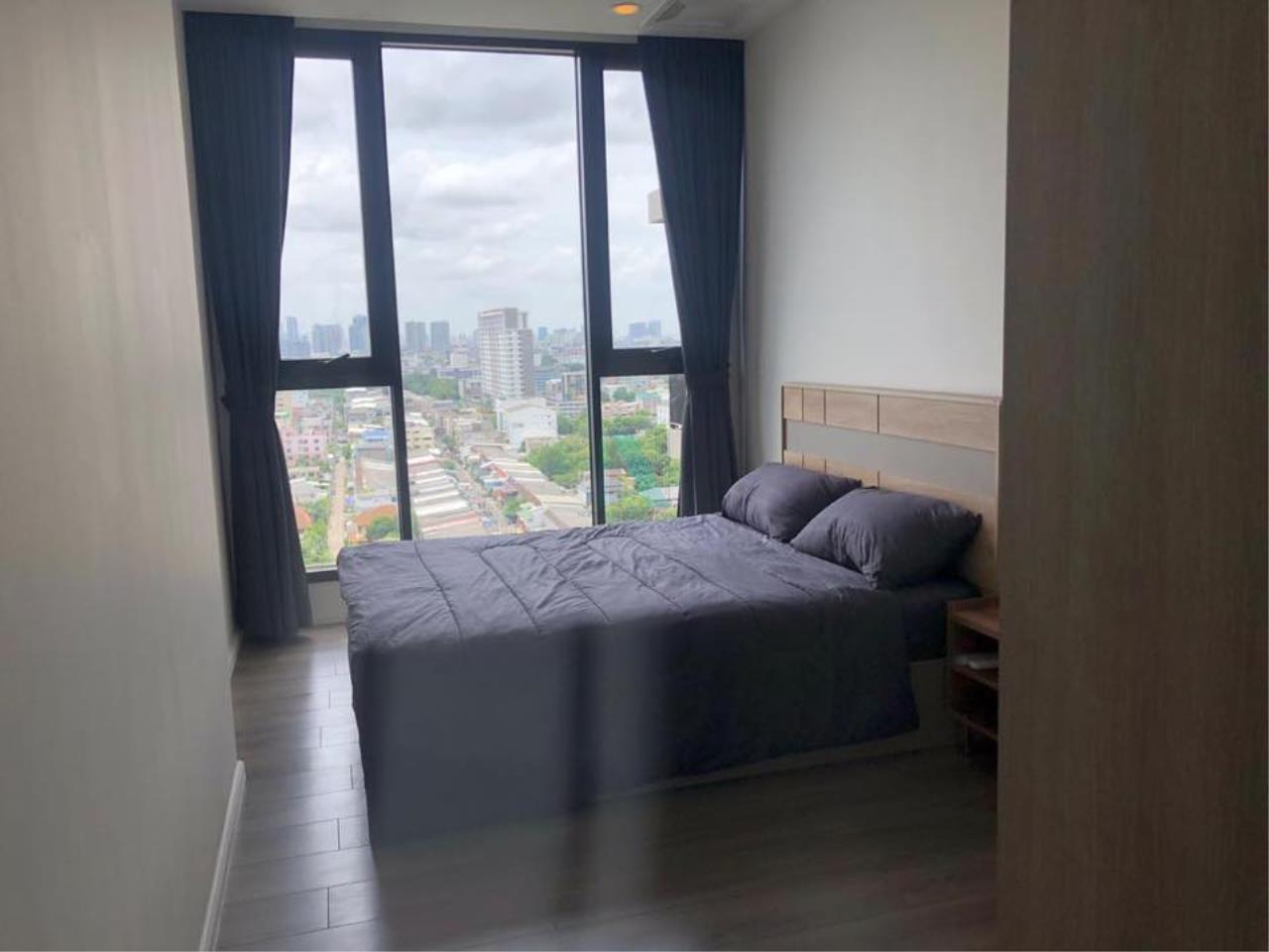 NOPPON REAL ESTATE CO.,LTD.  Agency's For rent Whizdom Essence 1 bedroom 15th floor near BTS Punnawithi 6