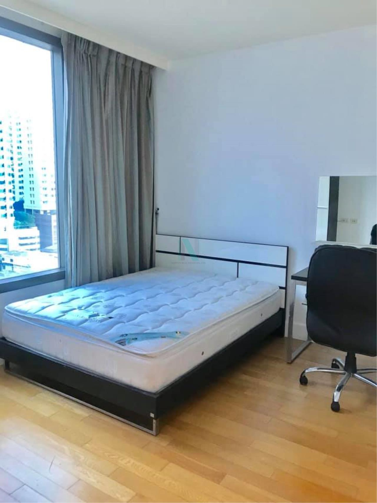 NOPPON REAL ESTATE CO.,LTD.  Agency's For Rent Aguston Sukhumvit 22 2 Bedrooms 12th Floor Building A  6