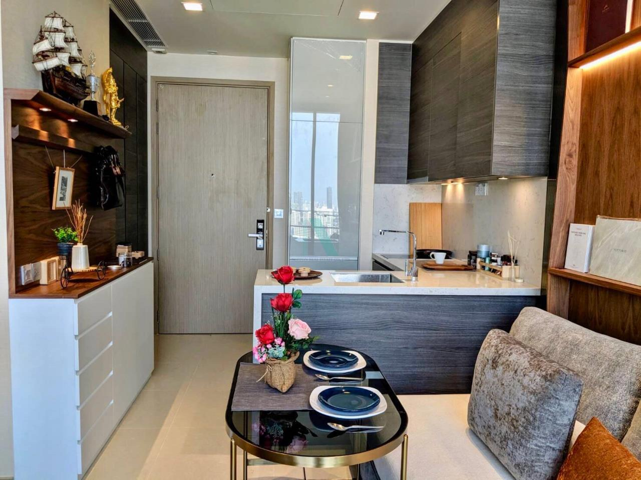 NOPPON REAL ESTATE CO.,LTD. Agency's For rent The ESSE Asoke 1 bedroom, 29 sq.m., corner unit, fully furnished, ready to move in, BTS Asoke. 3