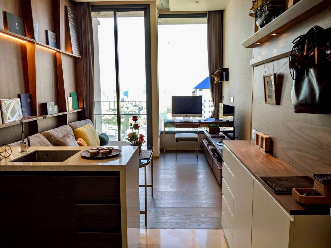 NOPPON REAL ESTATE CO.,LTD. Agency's For rent The ESSE Asoke 1 bedroom, 29 sq.m., corner unit, fully furnished, ready to move in, BTS Asoke. 7
