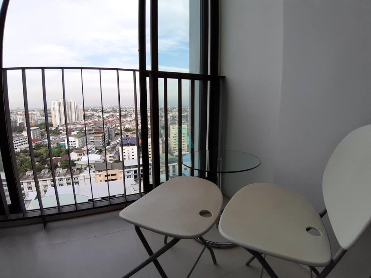 NOPPON REAL ESTATE CO.,LTD. Agency's For rent Ideo Mix Sukhumvit 103 1 bedroom 18th floor Building A   2