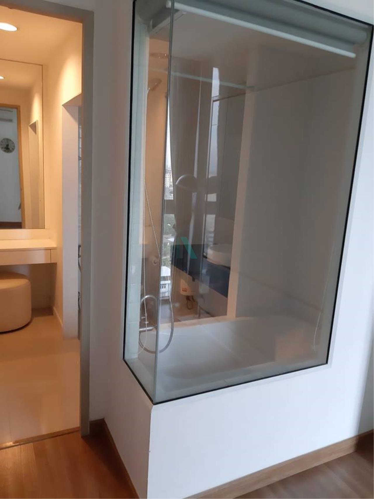 NOPPON REAL ESTATE CO.,LTD. Agency's For rent Ideo Mix Sukhumvit 103 1 bedroom 18th floor Building A   7