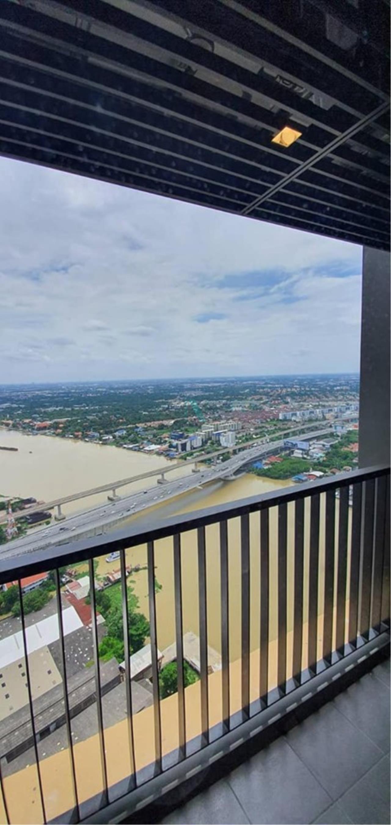 NOPPON REAL ESTATE CO.,LTD. Agency's For Rent The Politan Reef 2 bedroom 50th floor near MRT Phra Nang Klao  8