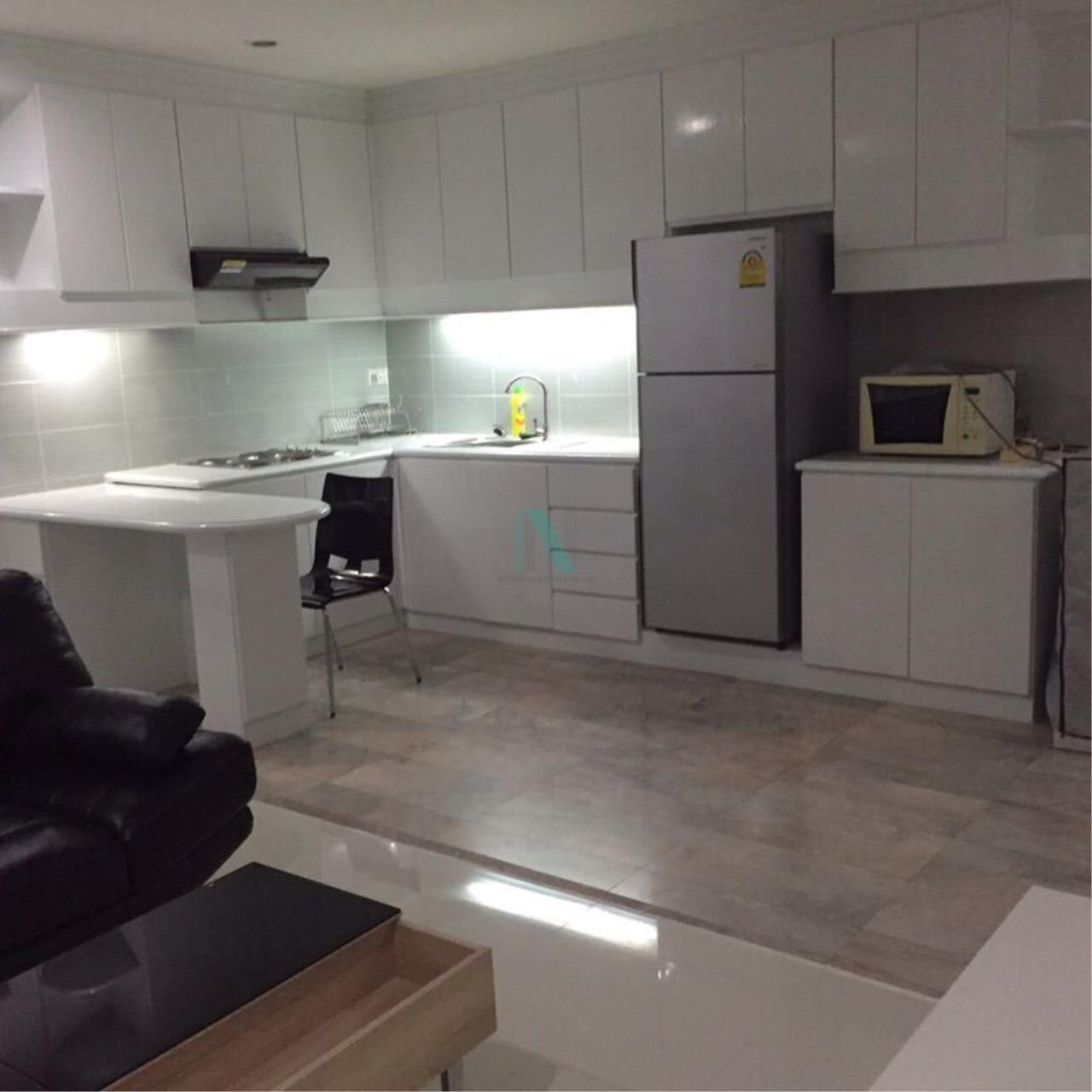 NOPPON REAL ESTATE CO.,LTD. Agency's For rent Saranjai Mansion 2 bedrooms 7th floor near BTS Nana 3
