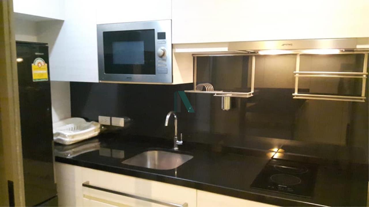 NOPPON REAL ESTATE CO.,LTD. Agency's For rent The Room Sukhumvit 40 1 bedroom 4th floor near BTS Ekkamai. 3