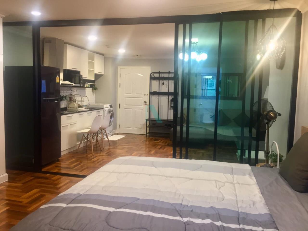 NOPPON REAL ESTATE CO.,LTD. Agency's For rent Rin House 1 bedroom 5th floor near MRT Phetchaburi 4