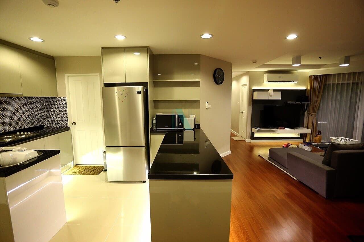 NOPPON REAL ESTATE CO.,LTD. Agency's For rent Belle Grand Rama 9 2 bedrooms Floor 26 A1 building. 4