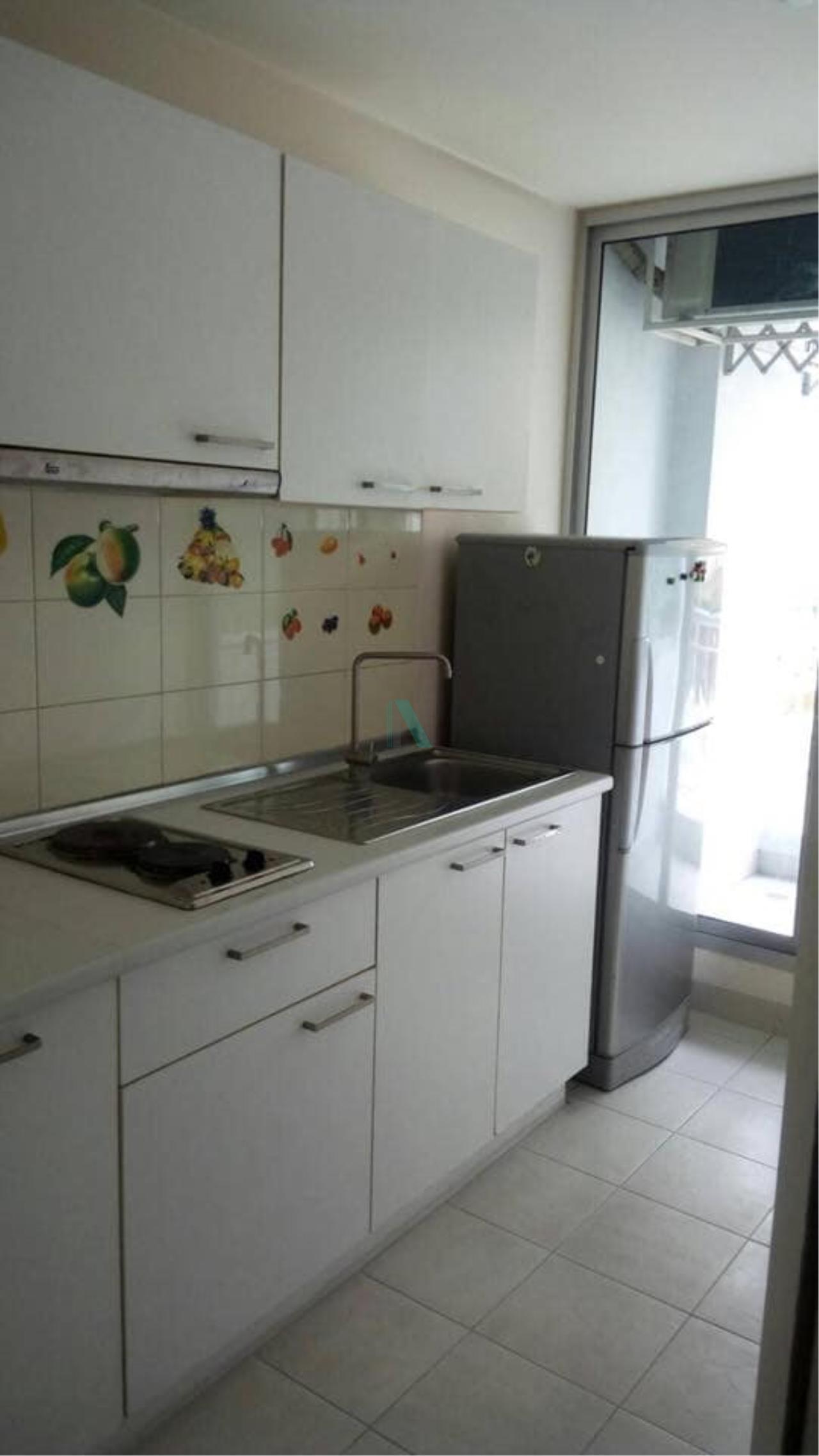 NOPPON REAL ESTATE CO.,LTD. Agency's For rent Life @ Tha Phra 1 bedroom 10th floor near BTS Talat Phlu. 5