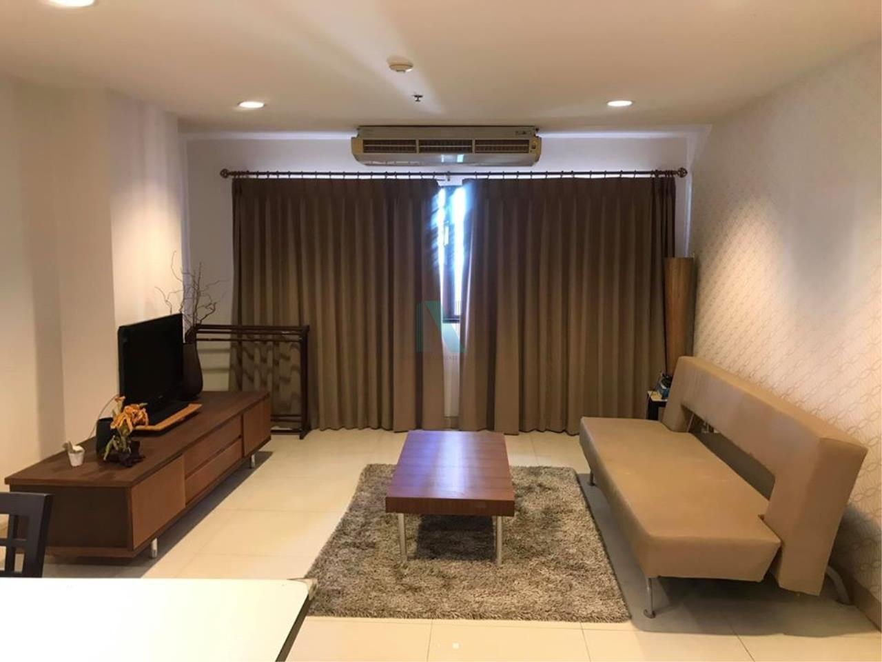NOPPON REAL ESTATE CO.,LTD. Agency's For rent The Royal Place 2 1 bedroom 10th floor near BTS Ratchadamri. 1