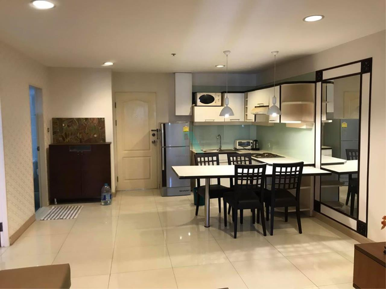 NOPPON REAL ESTATE CO.,LTD. Agency's For rent The Royal Place 2 1 bedroom 10th floor near BTS Ratchadamri. 2