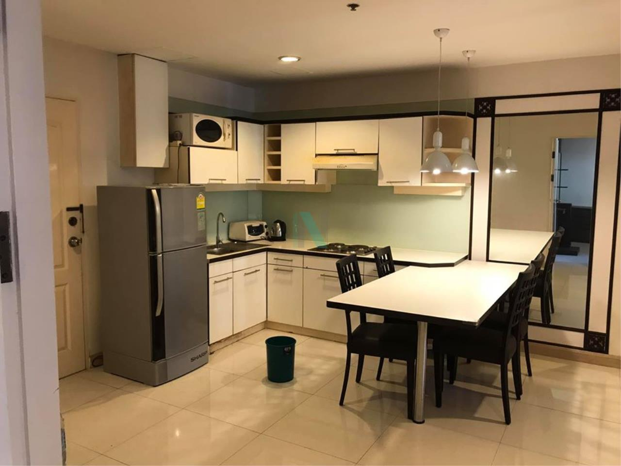 NOPPON REAL ESTATE CO.,LTD. Agency's For rent The Royal Place 2 1 bedroom 10th floor near BTS Ratchadamri. 3