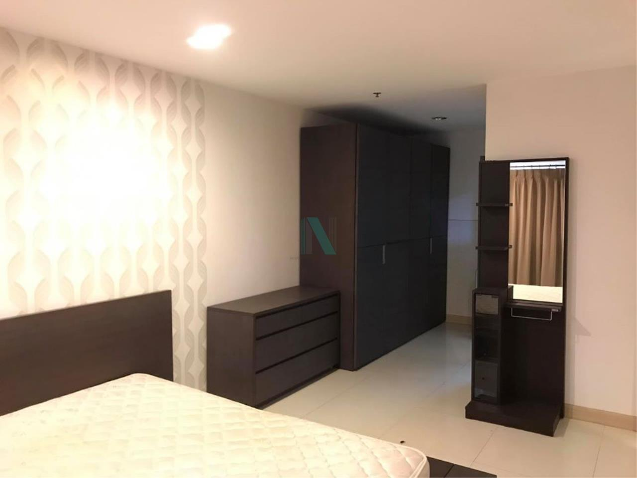 NOPPON REAL ESTATE CO.,LTD. Agency's For rent The Royal Place 2 1 bedroom 10th floor near BTS Ratchadamri. 6