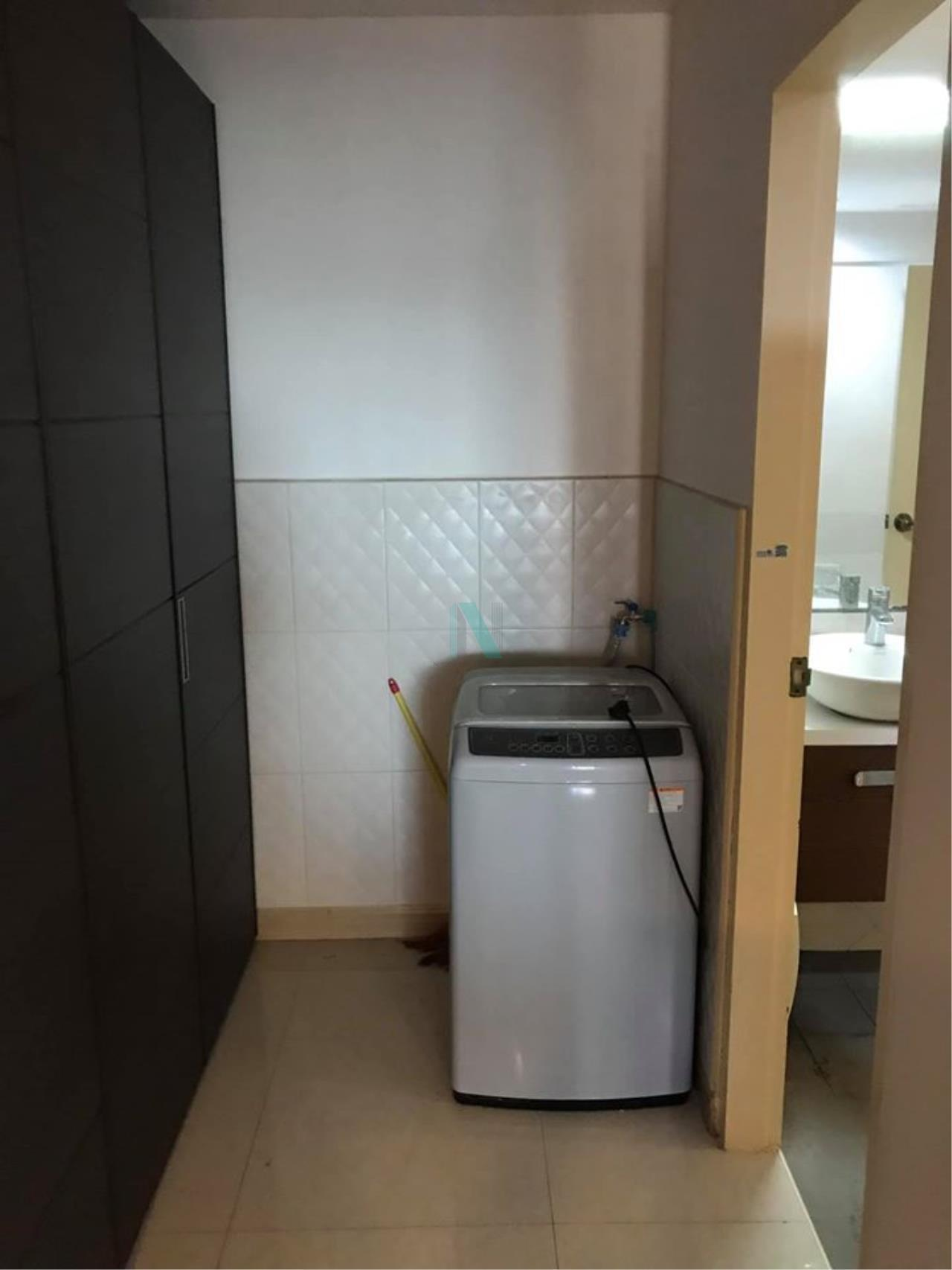 NOPPON REAL ESTATE CO.,LTD. Agency's For rent The Royal Place 2 1 bedroom 10th floor near BTS Ratchadamri. 8