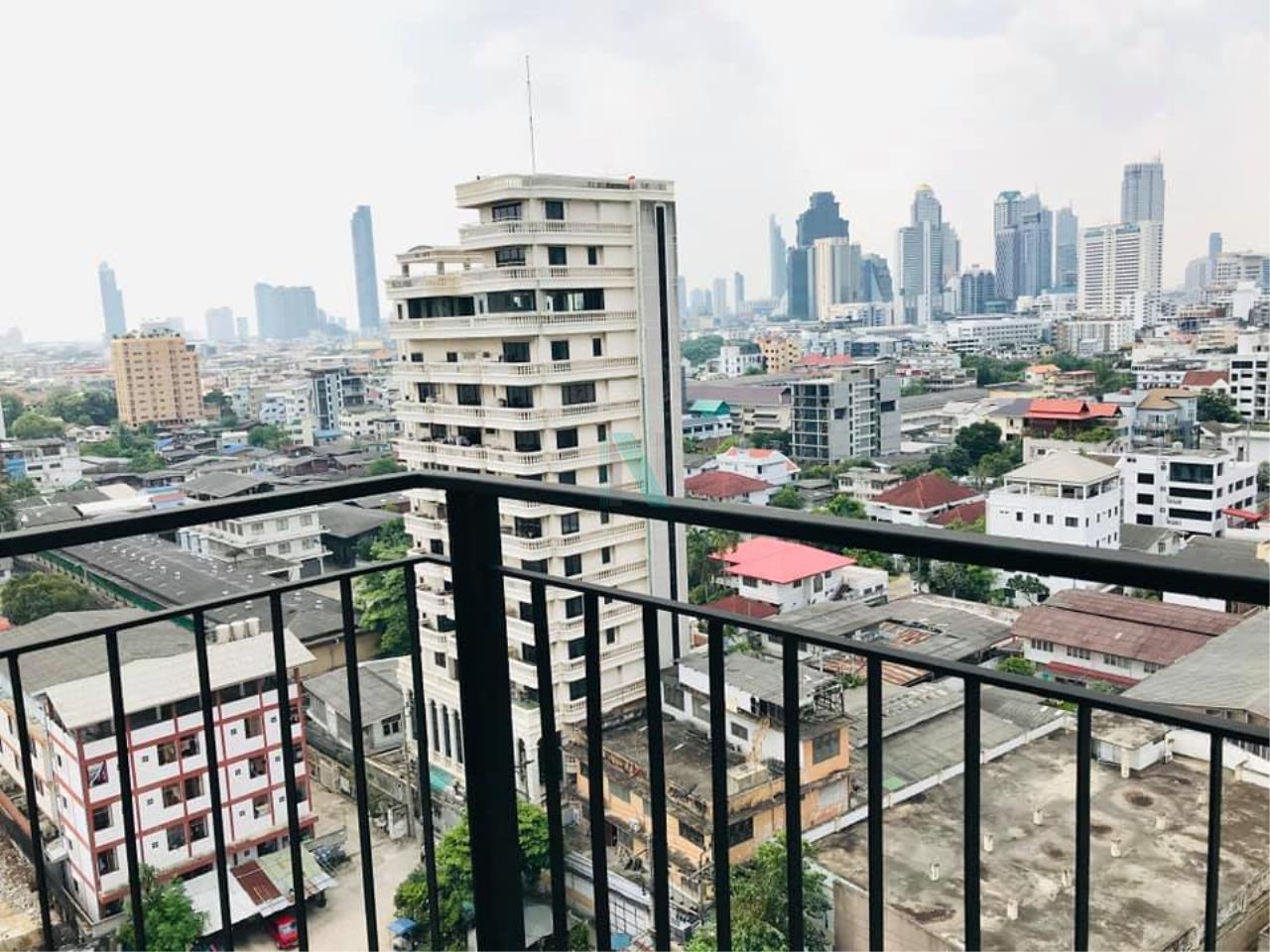 NOPPON REAL ESTATE CO.,LTD.  Agency's For rent Bangkok Horizon Sathorn 1 bedroom 13th floor near BTS Chong Nonsi. 8