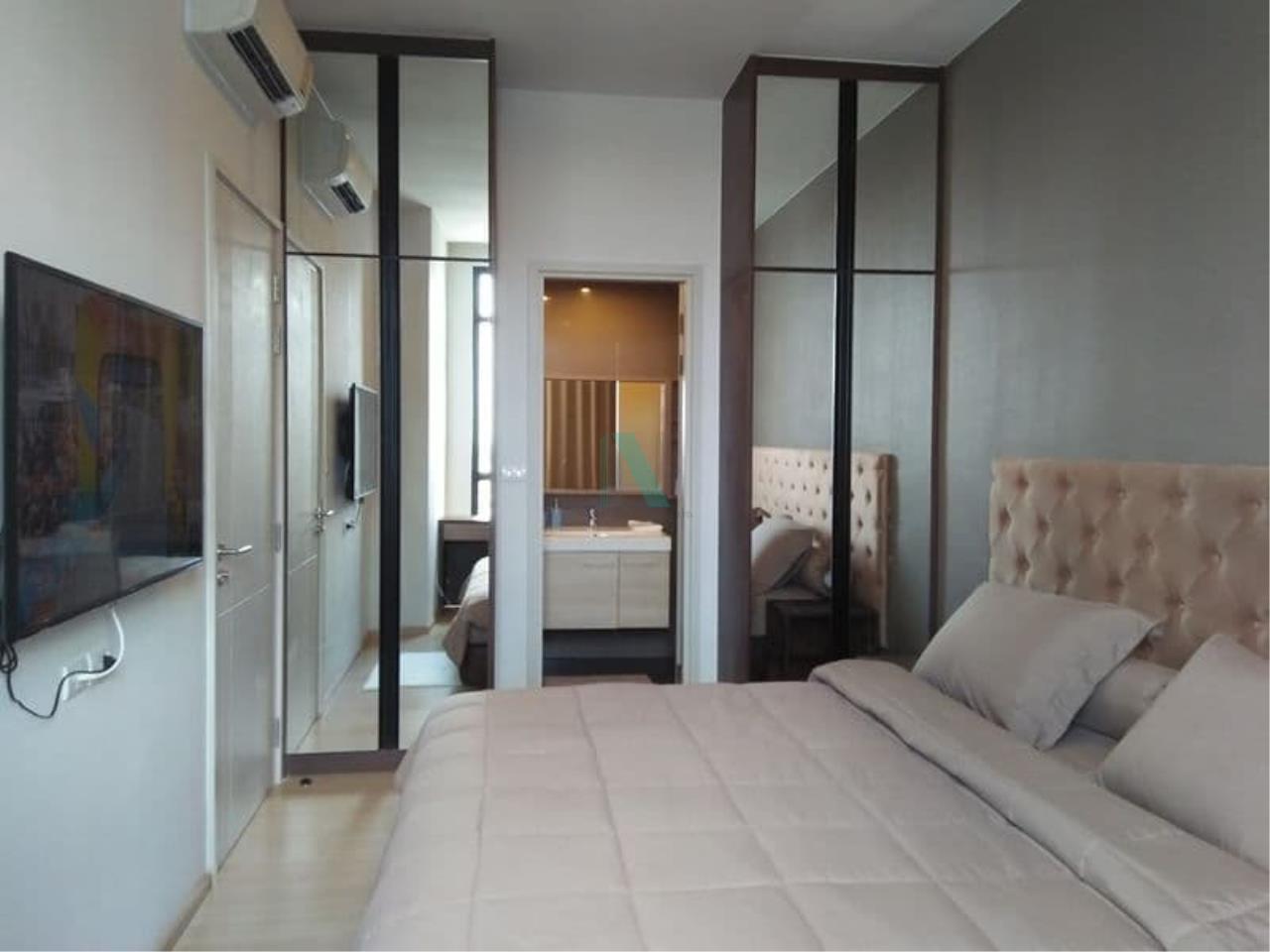 NOPPON REAL ESTATE CO.,LTD. Agency's For Rent The Capital Ekamai-Thonglor 2 bedroom 24th floor. 3