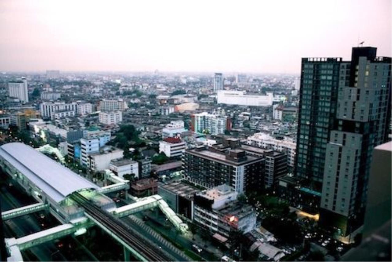 NOPPON REAL ESTATE CO.,LTD.  Agency's For Rent Fuse Sathorn-Taksin 1 Bedroom 24th Floor near BTS Wongwian Yai. 8