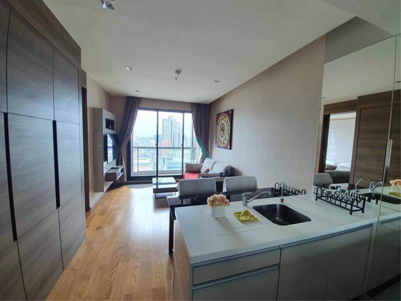 NOPPON REAL ESTATE CO.,LTD. Agency's For rent The Address Sathorn 1 bedroom 35th floor near BTS Chong Nonsi. 1