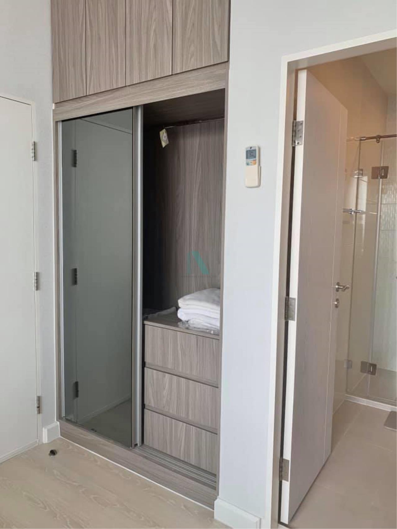 NOPPON REAL ESTATE CO.,LTD.  Agency's For Rent The Niche Pride Thonglor-Phetchaburi 1 Bedroom Floor 28 near MRT Phetchaburi. 5