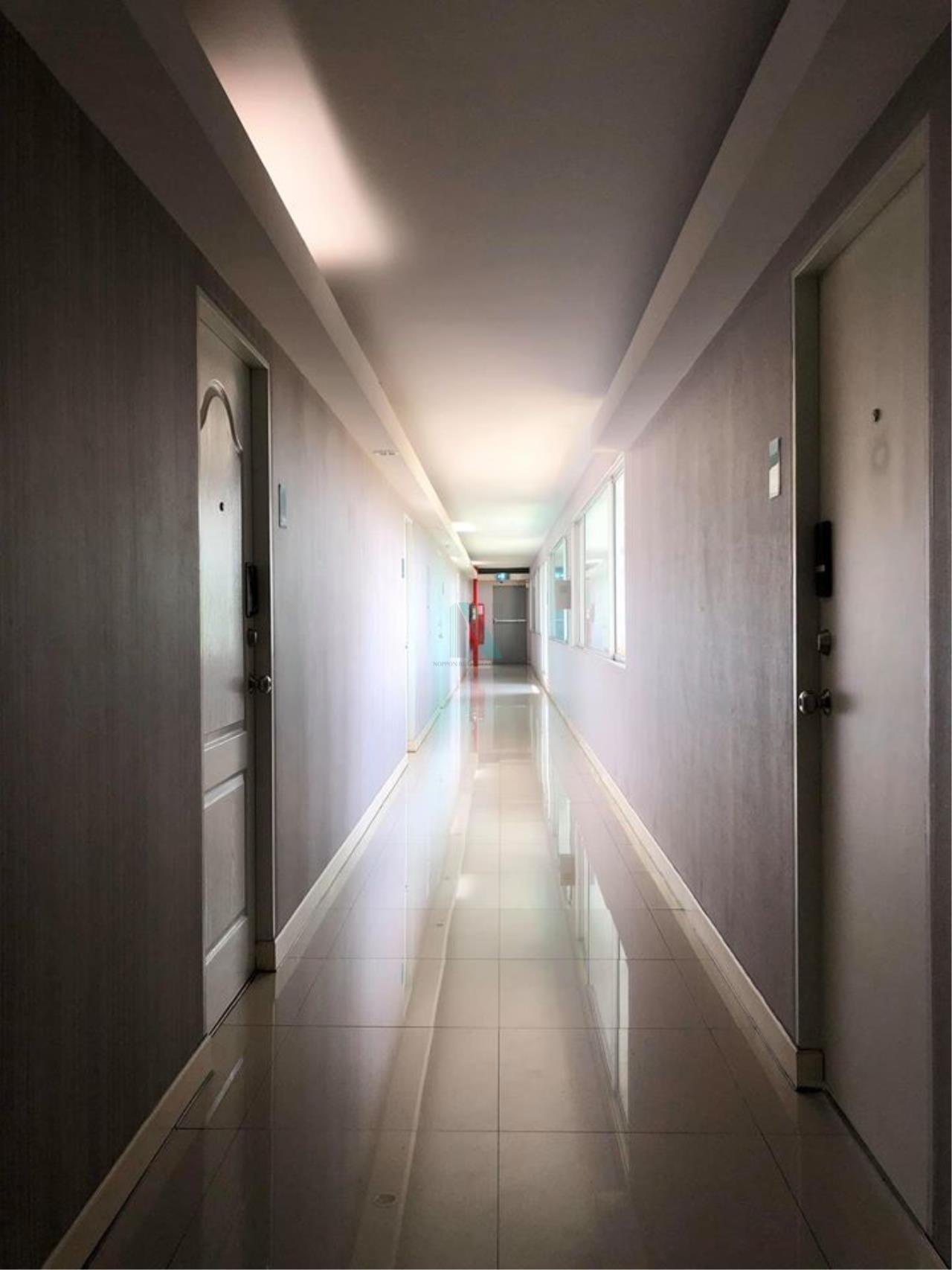 NOPPON REAL ESTATE CO.,LTD.  Agency's For rent HUMBLE LIVING @ YUYEN 2 bedroom 8th floor near MRT Sutthisan 6