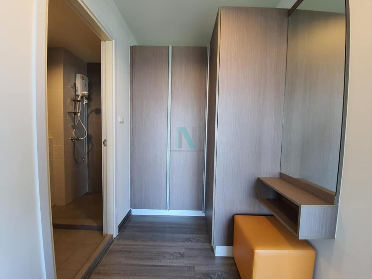 NOPPON REAL ESTATE CO.,LTD.  Agency's For rent The Trust at BTS Erawan 2 bedroom, 10th floor near BTS Erawan. 4