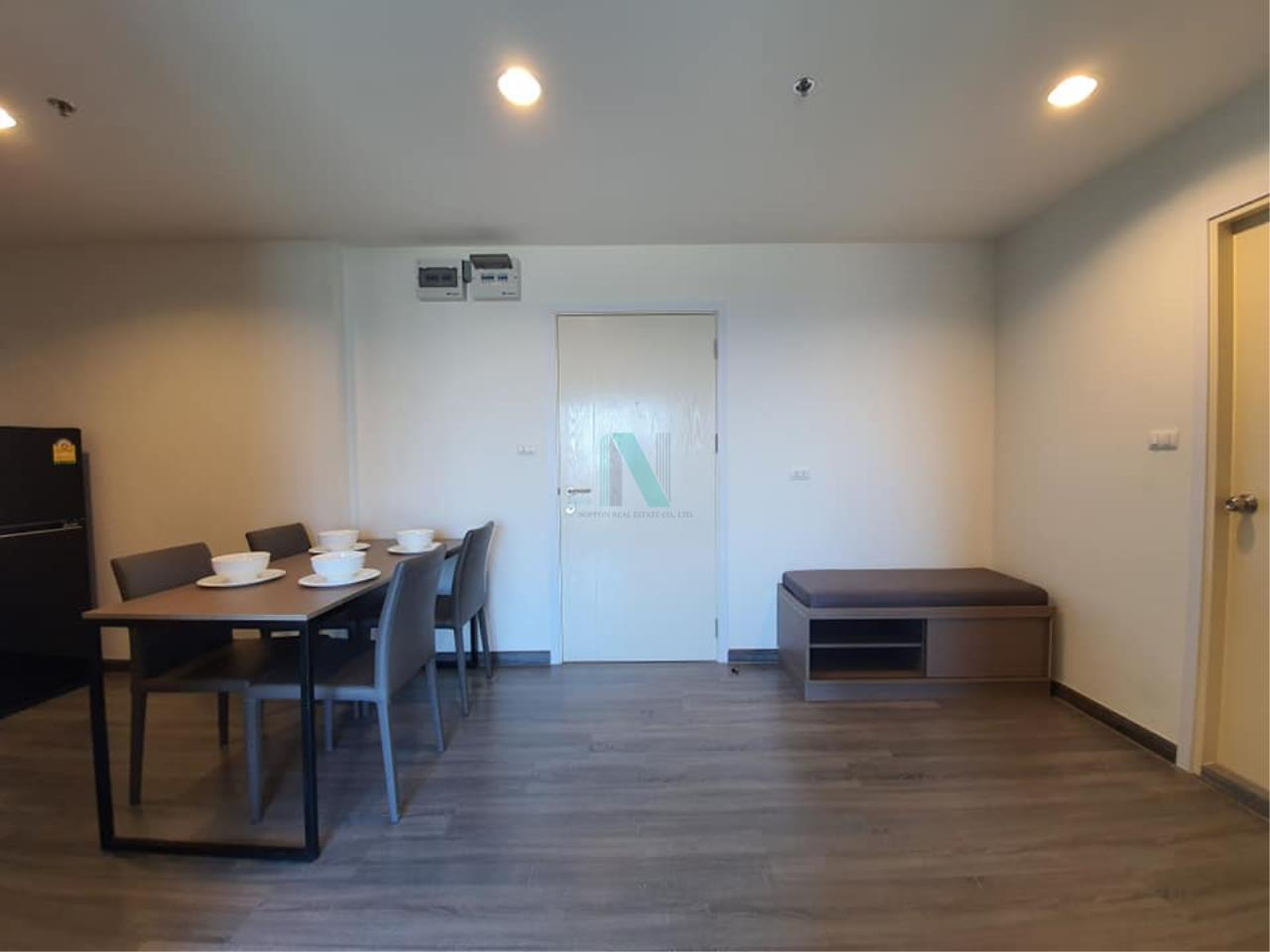 NOPPON REAL ESTATE CO.,LTD.  Agency's For rent The Trust at BTS Erawan 2 bedroom, 10th floor near BTS Erawan. 6