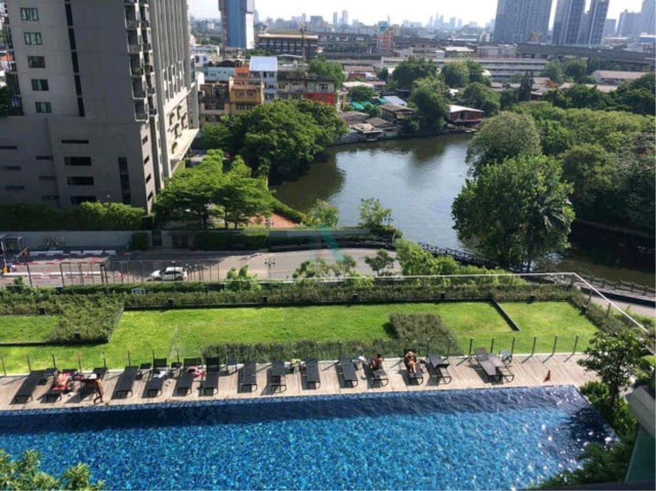 NOPPON REAL ESTATE CO.,LTD.  Agency's For Rent The Base Sukhumvit 77 1 Bedroom 11th Floor Building B near BTS On Nut. 8